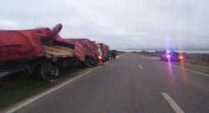 Fuerte choque entre dos camiones en una localidad del Departamento San Jerónimo en Santa Fe